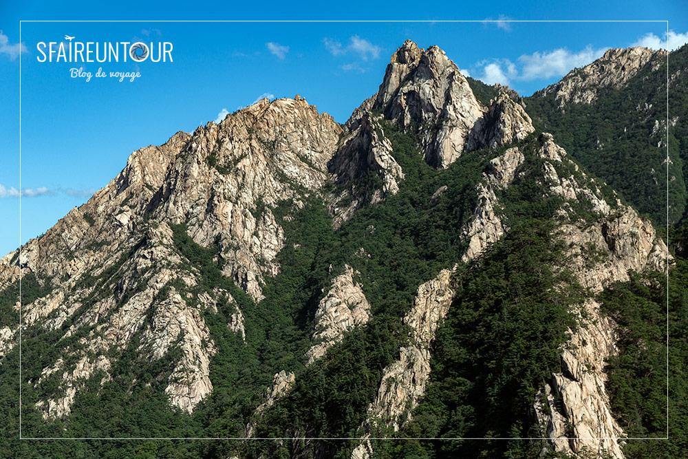 Chaîne de montagne de Seoraksan
